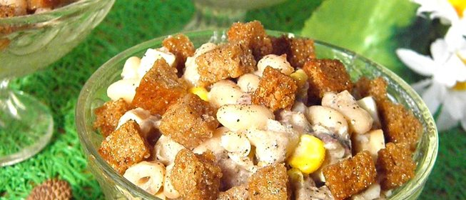 Рецепт салата со шпротами с готовим дома