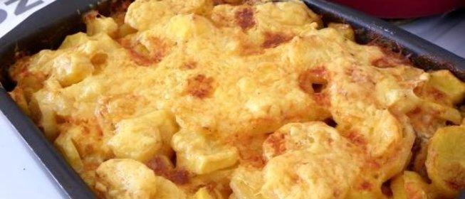 Мясо по-французски с картошкой и курицей в духовке рецепт с фото пошагово
