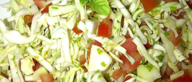 Самый вкусный салат из кольраби с фото