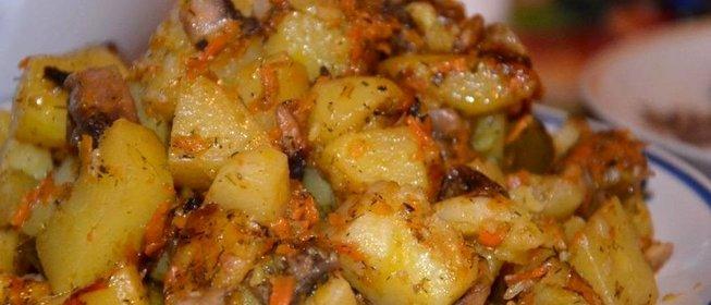 Тушеная картошка с грибами в мультиварке рецепт с фото