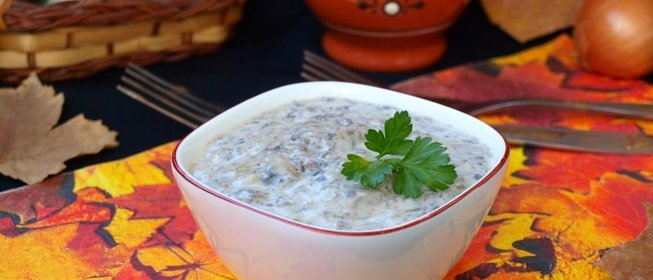 Сливочный соус с шампиньонами и сыром