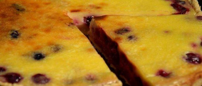 Пирог заливной с вишней рецепт с фото пошагово