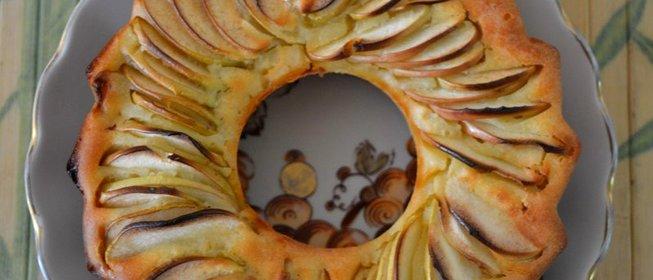 Яблочный пирог с бананами рецепт