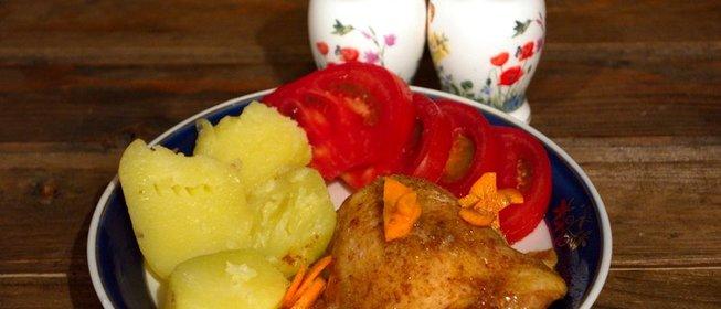 Курица с морковью в духовке